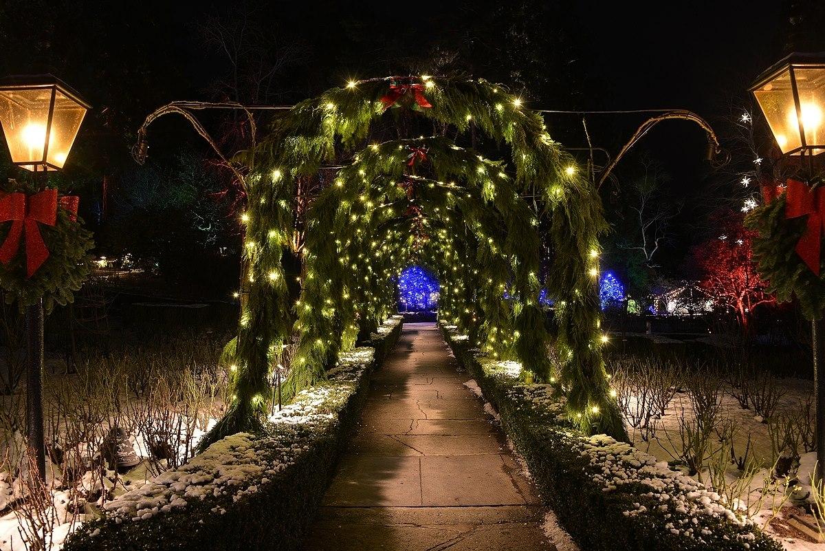 magic of christmas butchart gardens